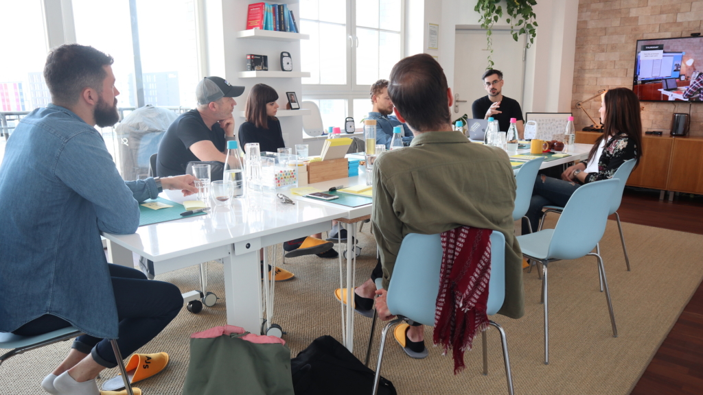 Tim Hoefer running a Design Sprint workshop